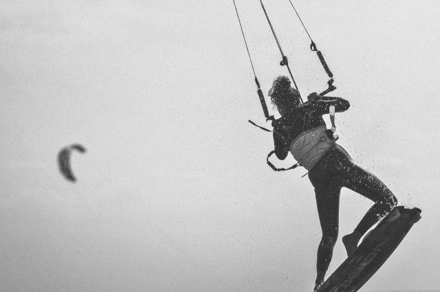 kitesurfer girl