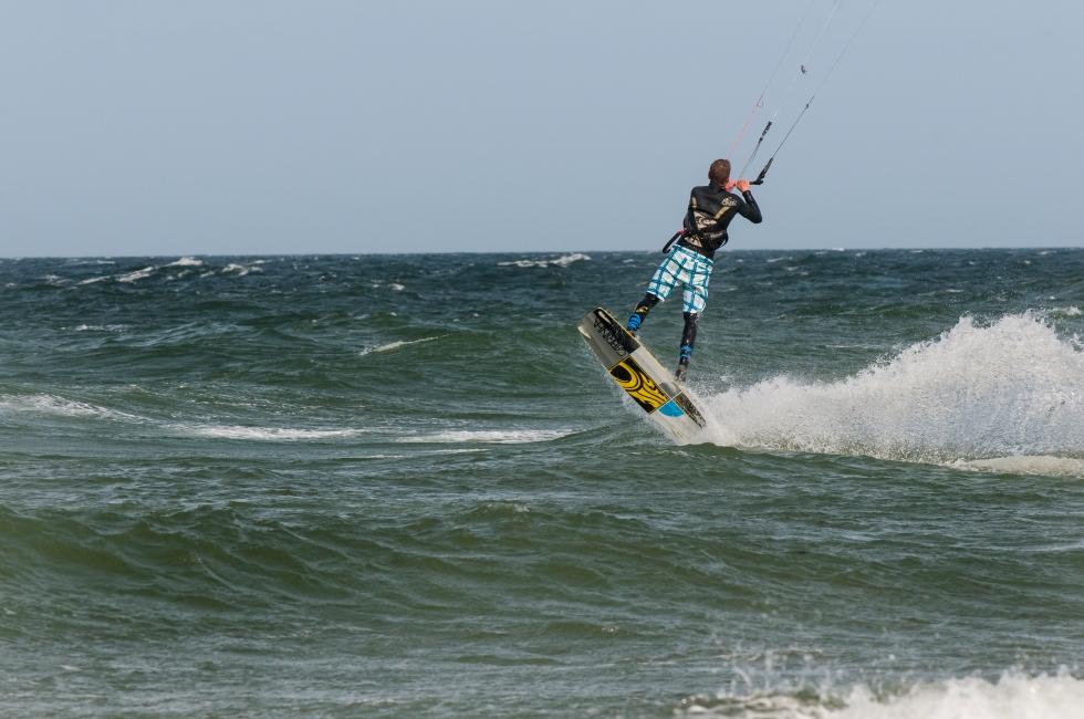 kitesurferjump 1