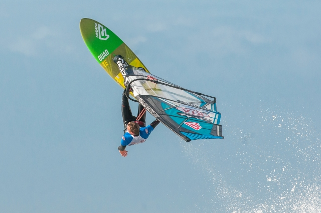 Windsurfing - one handed roll